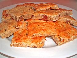 Соевый пирог с изюмом